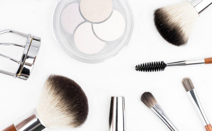 Stojaki na kosmetyki dla drogerii